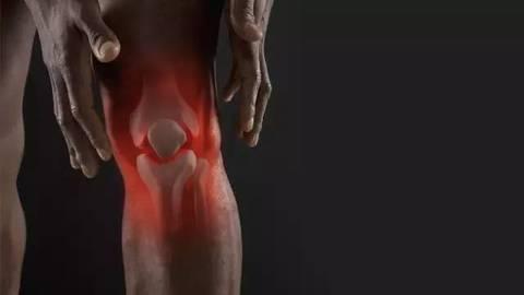 爱打羽毛球的你该如何保护脆弱的膝盖